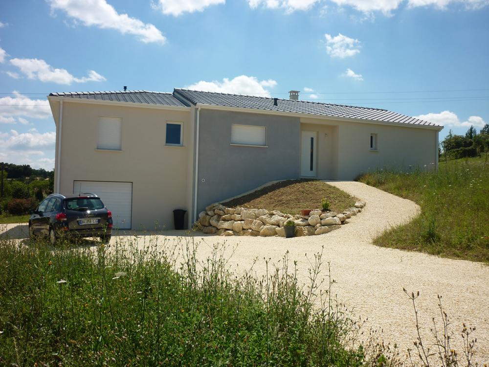 Constructeur maison dordogne maison moderne for Constructeur maison contemporaine charente